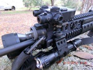 US Night Vision DBAL-I2 weapons sight (AN/PEQ-2A)